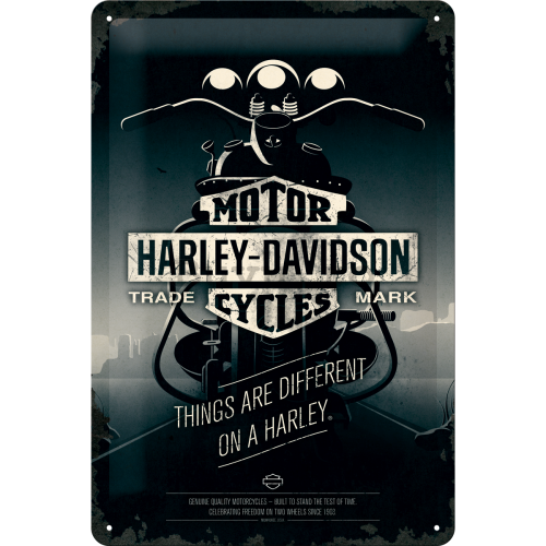 Placă metalică - Harley-Davidson (Things Are Different on a Bike)